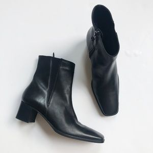 NWOB Saks Fifth Avenue Genuine Leather Boots